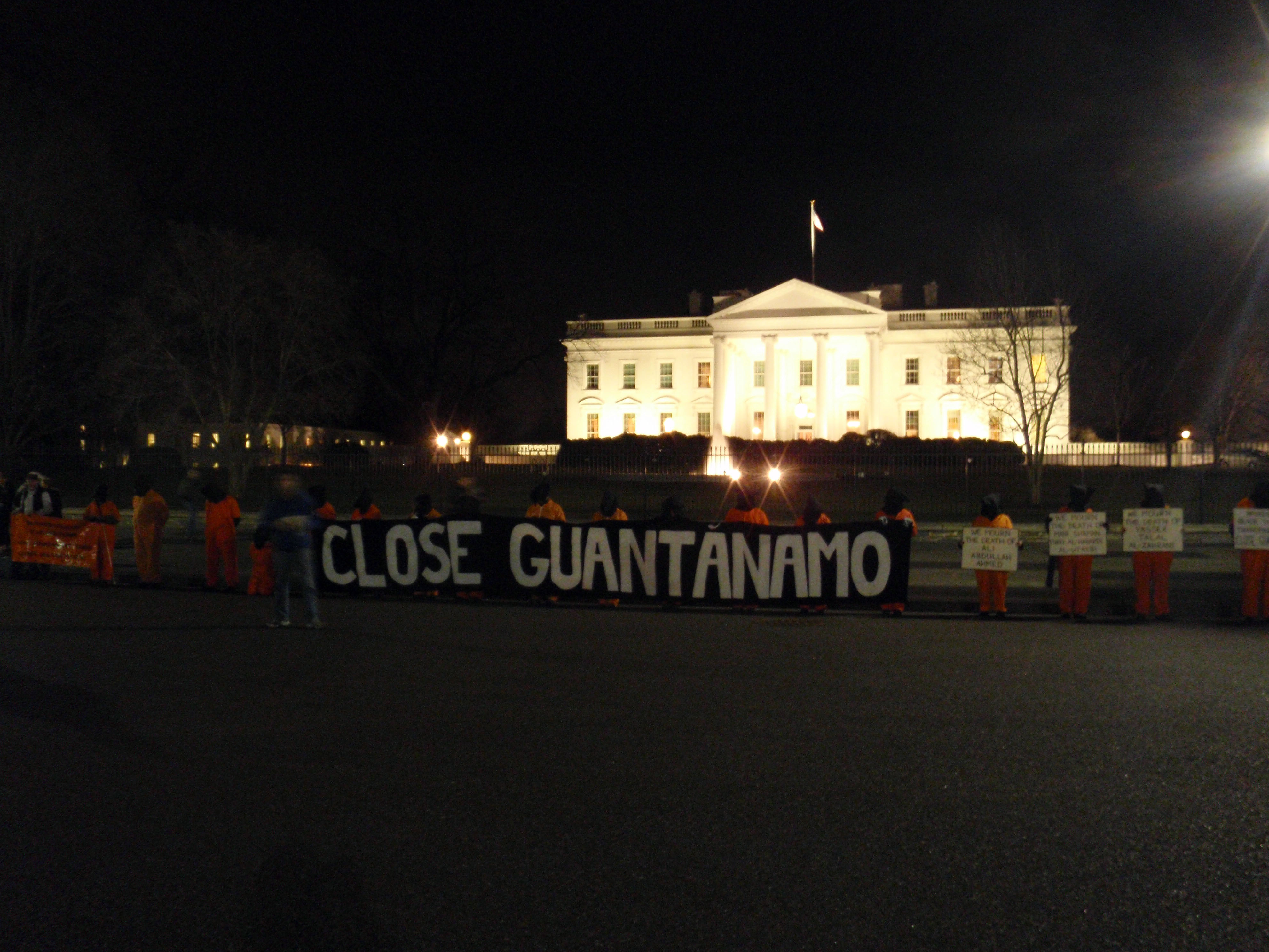 Timeline Tracks Obama's Efforts to Close Gitmo Thumbnail Image