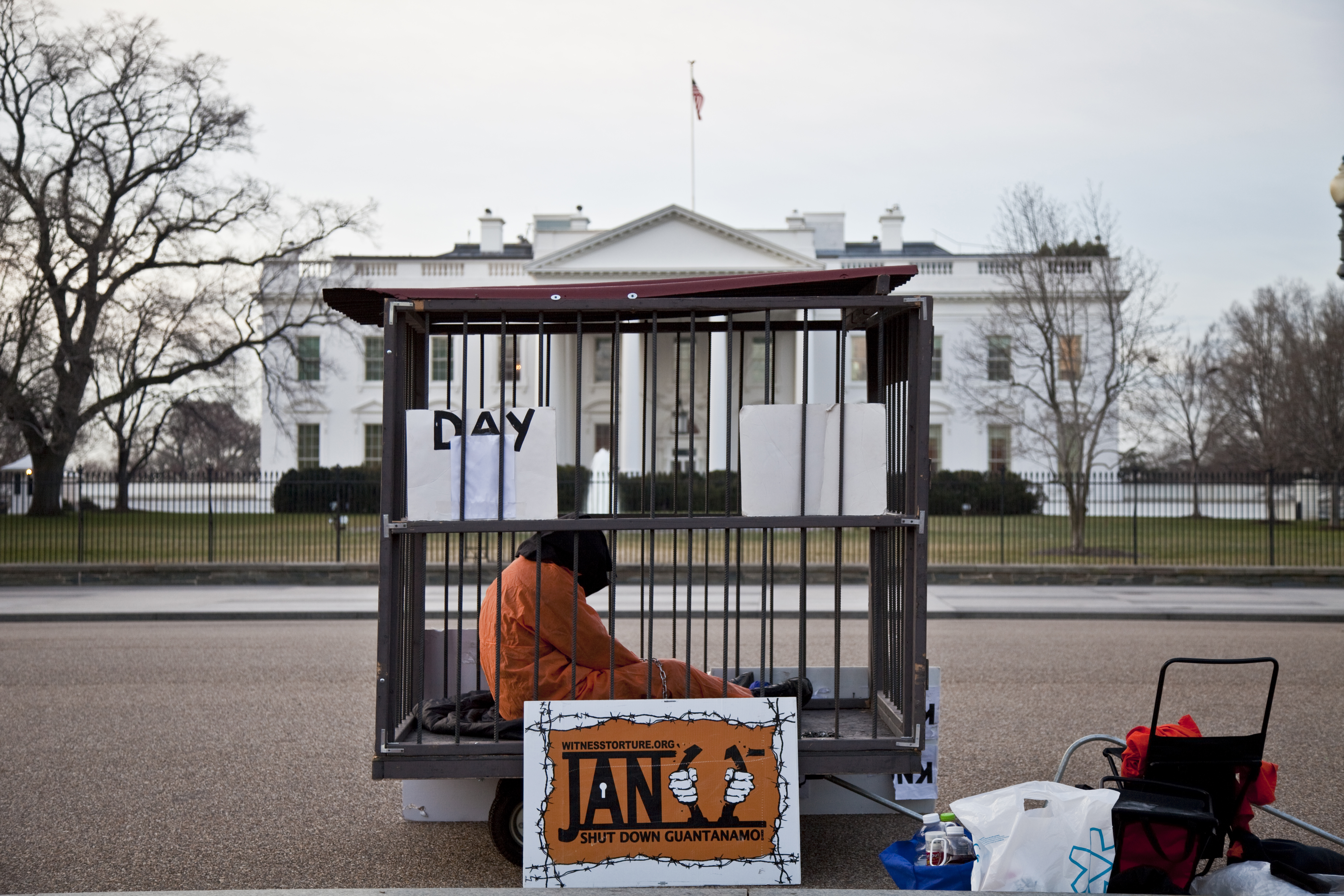 Poll Shows American Public Divided on Guantánamo Thumbnail Image