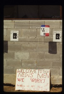 HIV detention center - Signs welcoming press 12.13.92 (2)-3